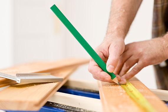 Les services généraux sont réalisés par nos agents de maintenance polyvalents. Maintenance, manutention, relamping sont réalisé par nos hommes toutes mains.